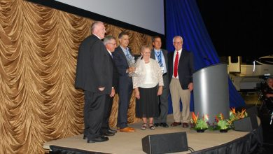 Photo of Jayco Honors Top Sellers at Homecoming Event