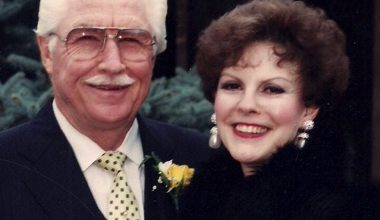 Photo of Founders of Oregon Dealership Pass Away