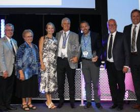 Photo of Canadian Dealer Takes Jayco's Top Honor