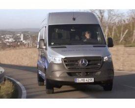 Photo of Video: Mercedes Sprinter Turns 25